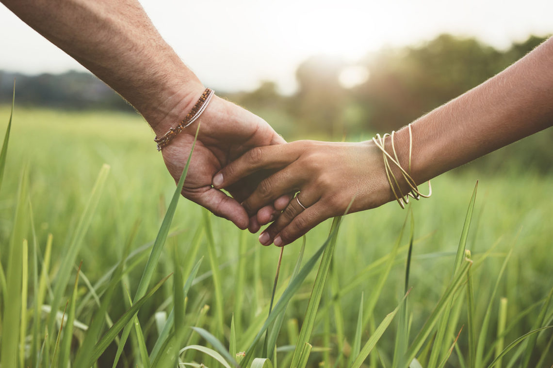 Kitchener Relationship counselling in Doon holding hands